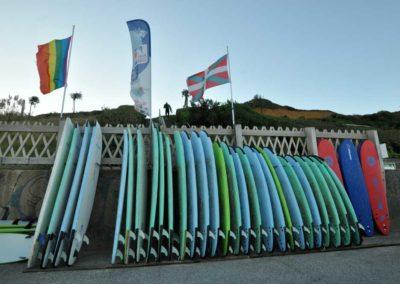 les-planches-de-lecole-de-surf